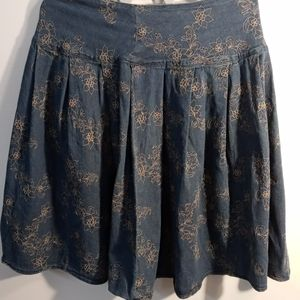 Motto denim skirt with brown embroidery